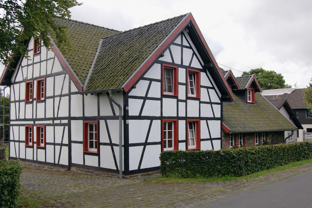 Hohestrasse Konzen Fachwerkhaus Braun